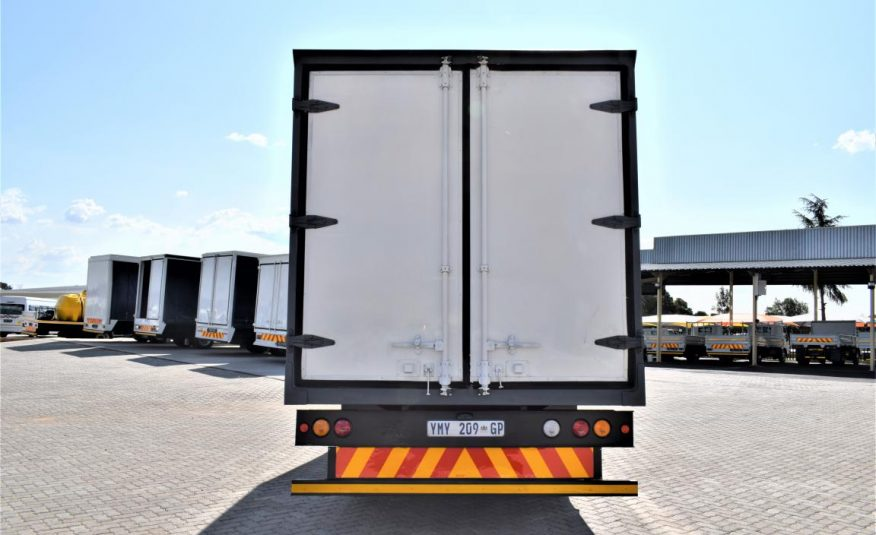 2009 Hino 300 Series 915 Refrigerated Body