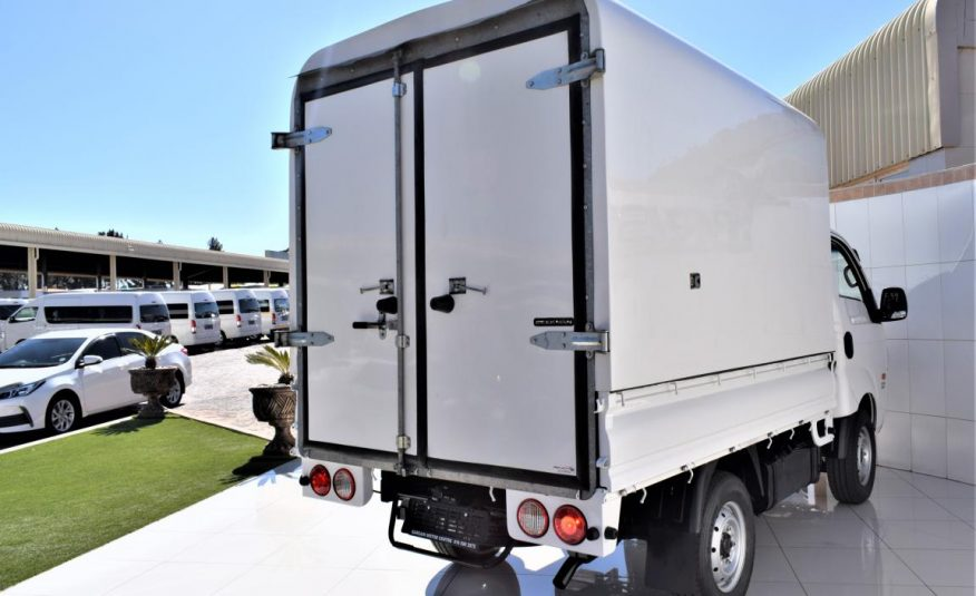 2015 Kia K 2500 Single Cab
