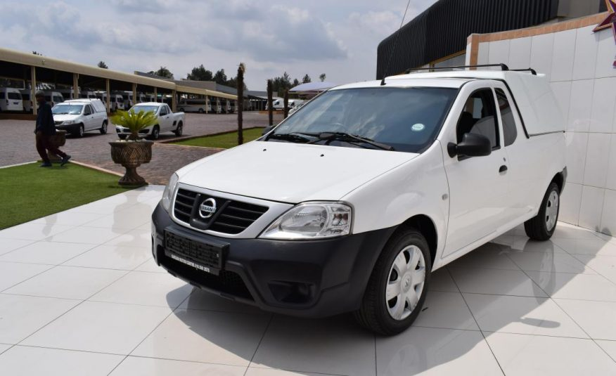 2015 Nissan NP200 1.6 A/c Safety Pack P/u S/c